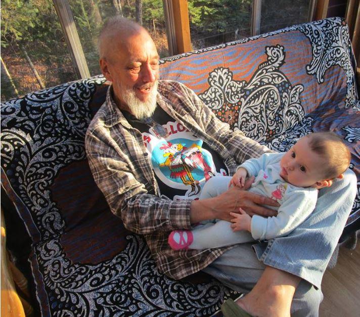 Tout au long du mois de mars, ma petite fille Alyne m'accompagne durant la campagne Détrônons le cancer du côlon, organisée par la Société Canadienne du Cancer.
